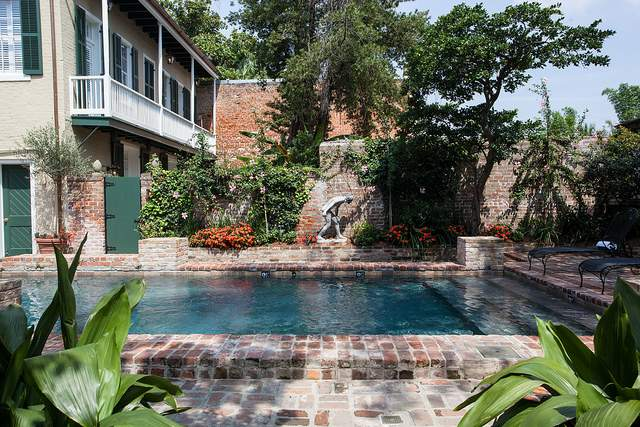 Pool at Audubon Cottages in New Orleans