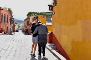 Cobblestone street in San Miguel de Allende on a Mexico honeymoon