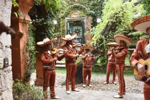 Courtyard mariachis in San Miguel de Allende on a Mexico honeymoon